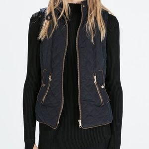 Zara | Navy Quilted Gold Accent Vest - E84